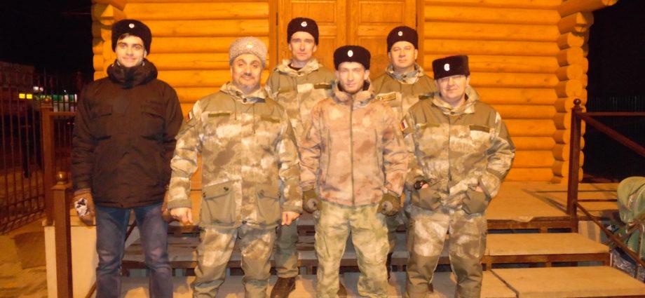 Казаки Войска Донского на службе в Пасху.