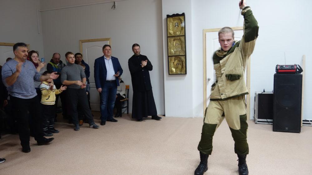 Донские казаки из Тамбова на празднике в Михайлове Рязанской области.