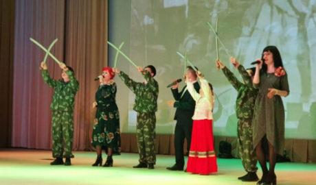 Внешкольный казачий класс принял участие в торжествах.
