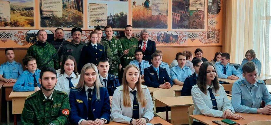 """""""Союз донских казаков"""" выступил перед студентами колледжа."""